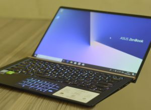 Asus Zenbook 14 UX433FN Laptop Review