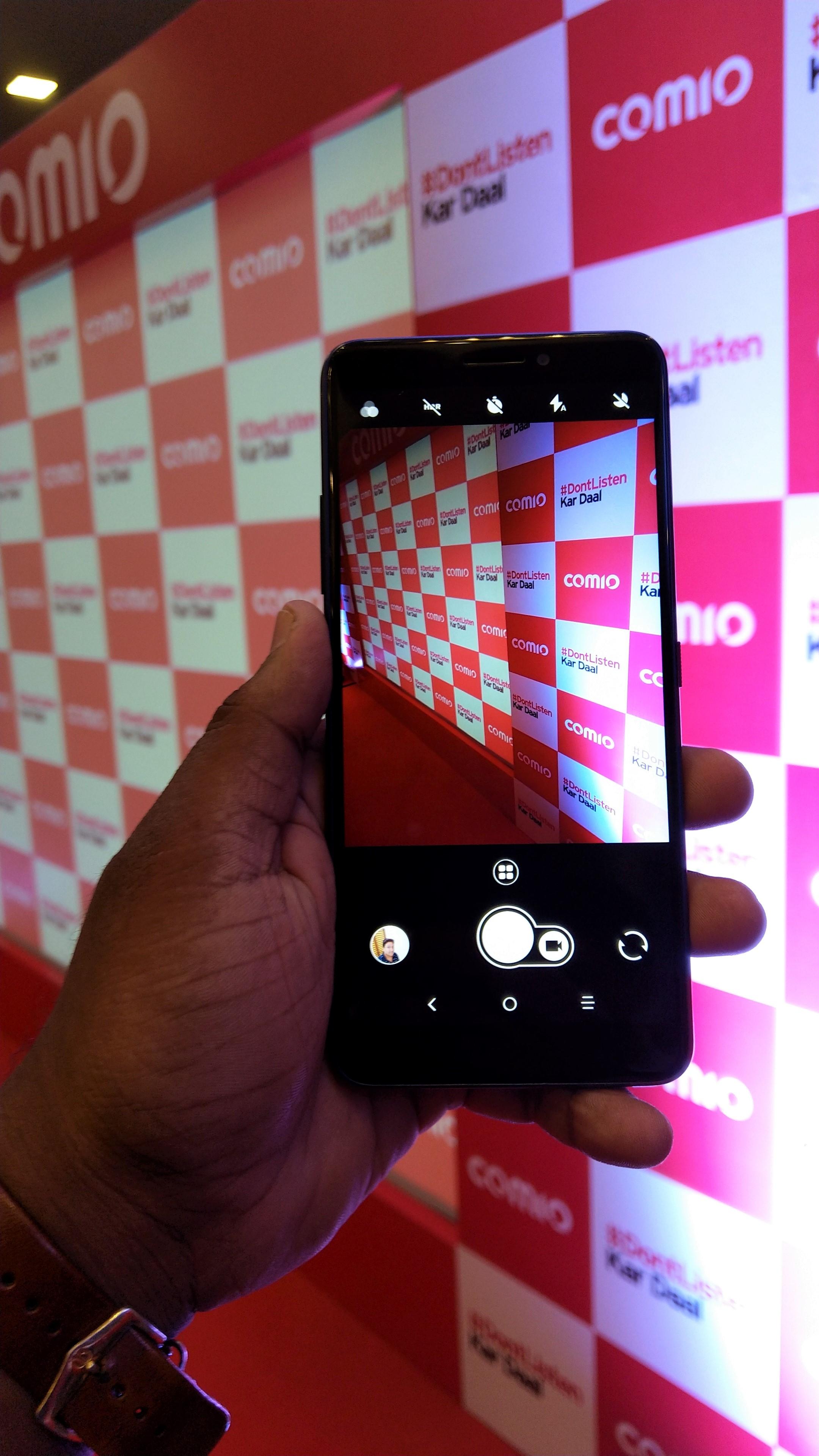 COMIO X1 Note Display